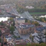 Blick auf Dresden Loschwitz mit Blauen Wunder