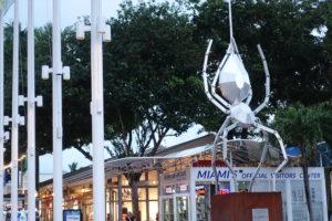 Metallspinne beim Miami Bayside Marketplace